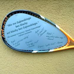 Grawer na rakiecie tenisowej